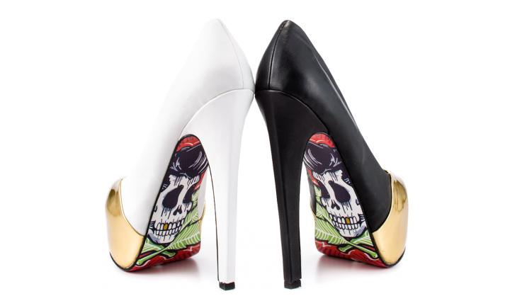 modelo calavera rockera zapatos taylor says