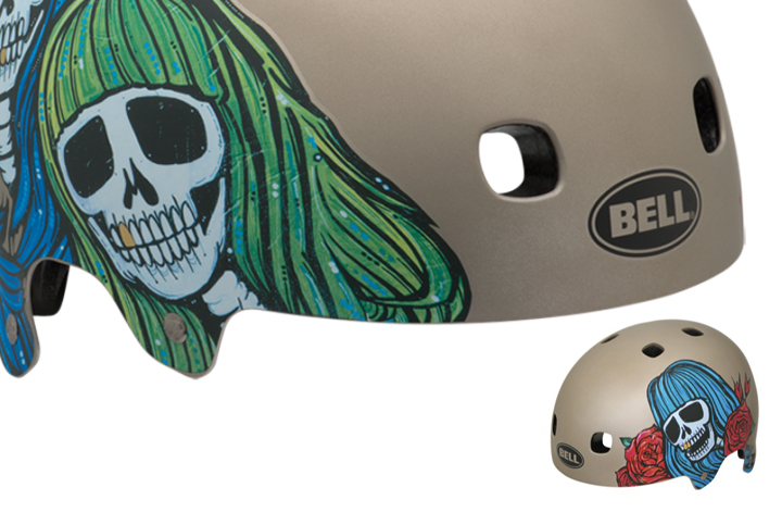 casco bell diseñado por taylor says