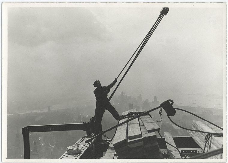 Trabajador del empire state en 1930