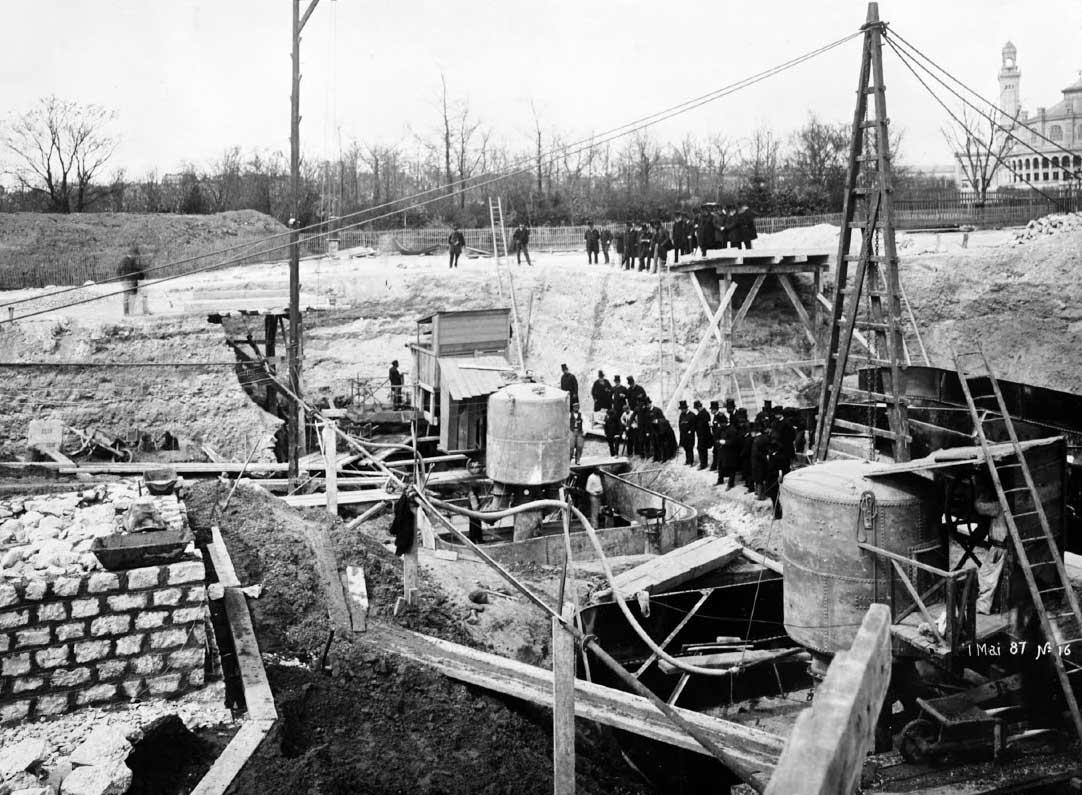 Primeros materiales para la construcción de la torre eiffel