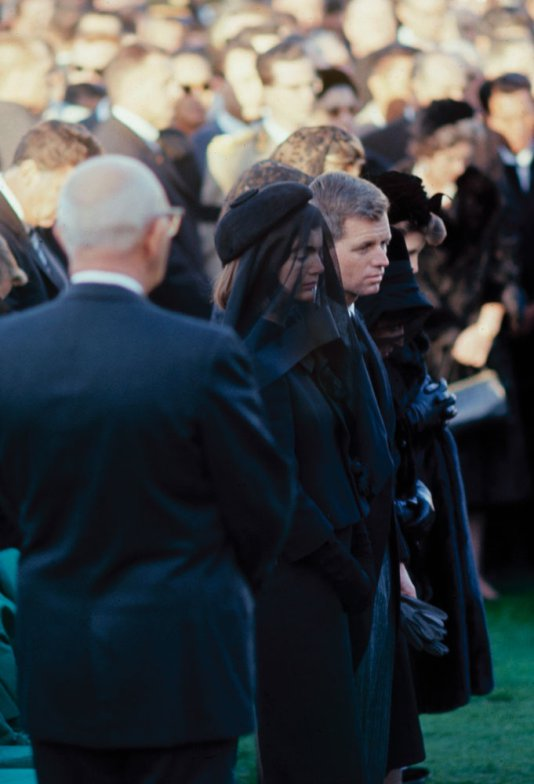 Funeral_Kennedy-photography-oldskull-101