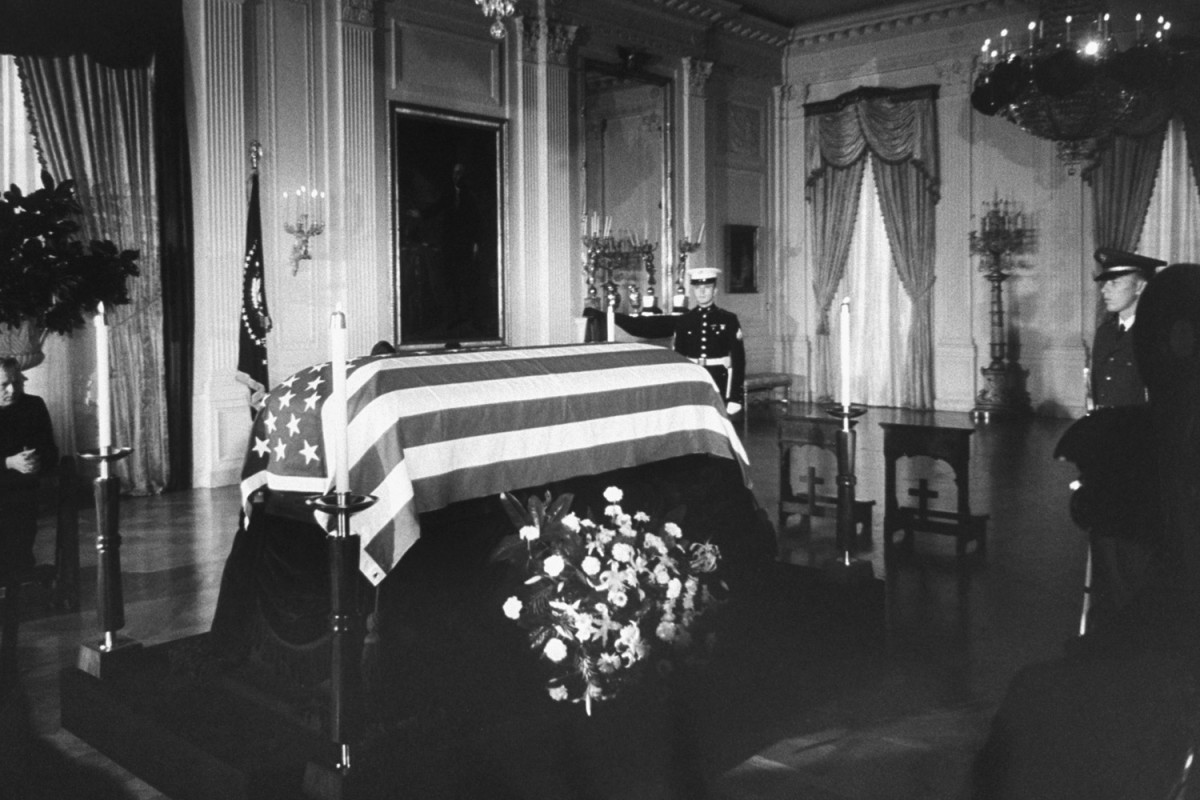 Funeral_Kennedy-photography-oldskull-90