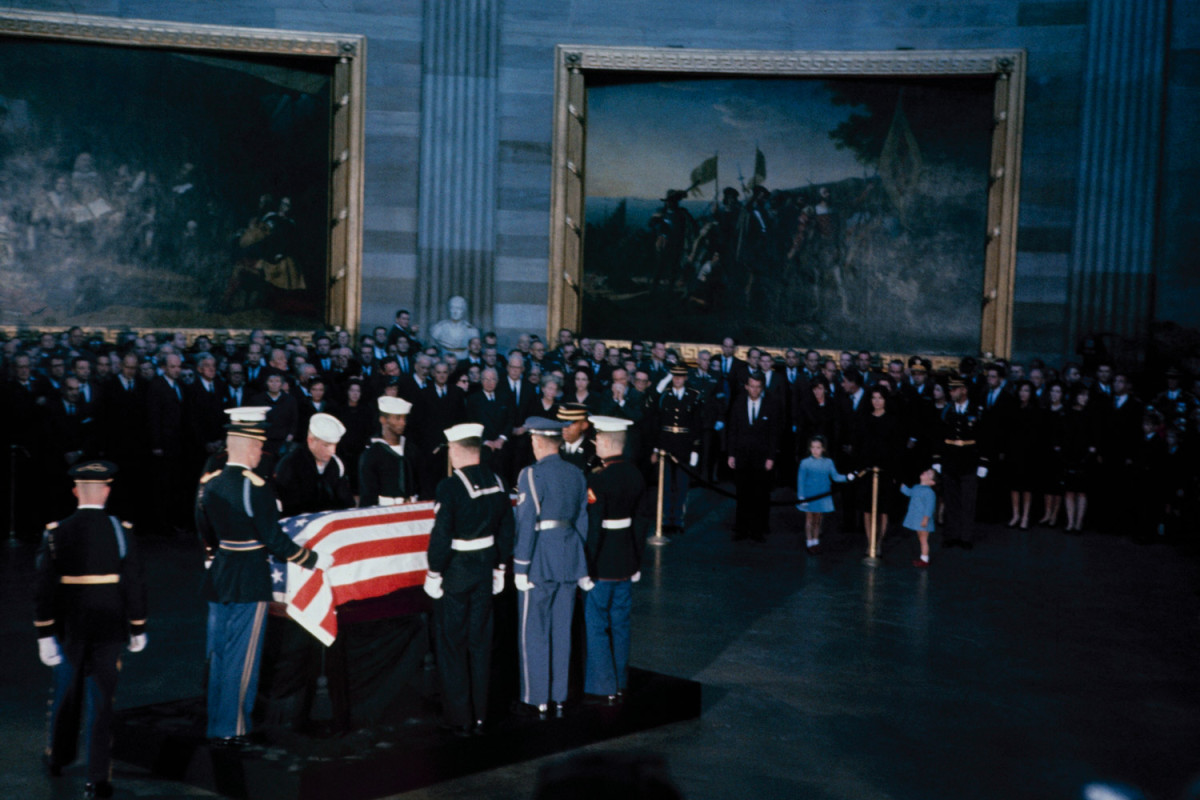 Funeral_Kennedy-photography-oldskull-91