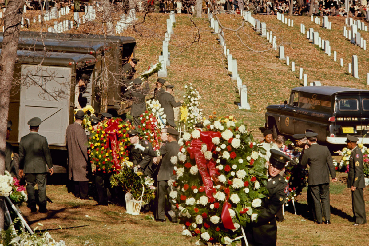 Funeral_Kennedy-photography-oldskull-97