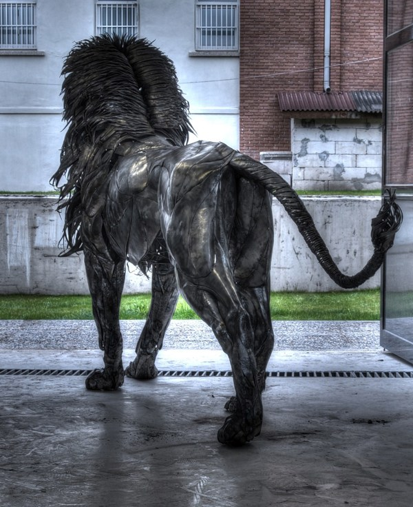 metal-lion-sculpture-oldskull-7