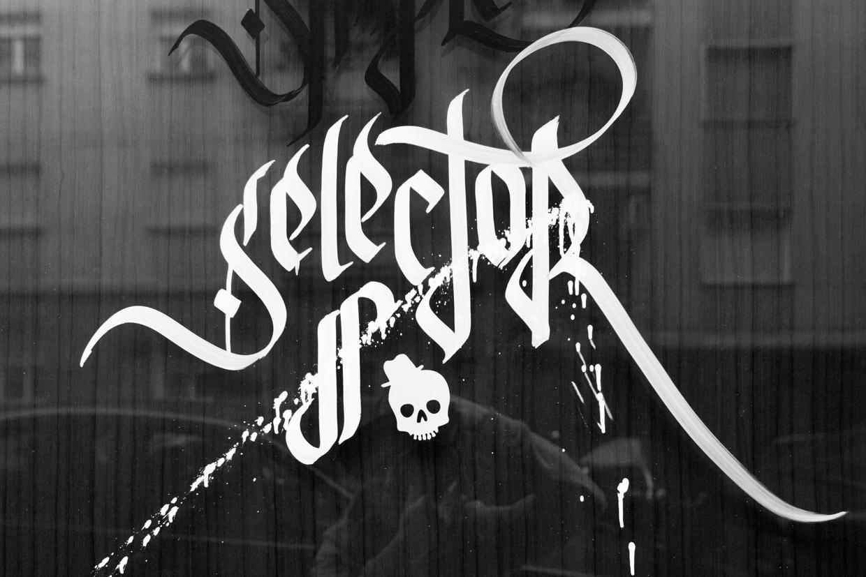 Expose-calligraffiti-oldskull-4