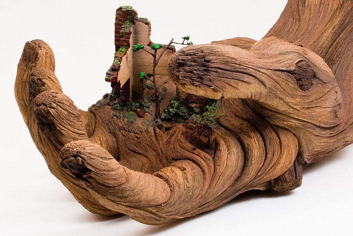 ChristopherDavidWhite-ceramic-scupltures-oldskull-3