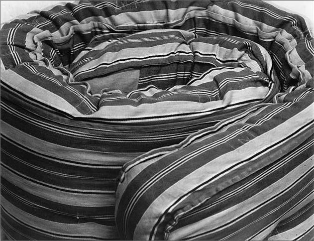 alvarezbravo-foto-oldskull-09