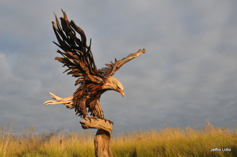 awesome-driftwood-sculptures-jeff-rouitto-oldskull-04
