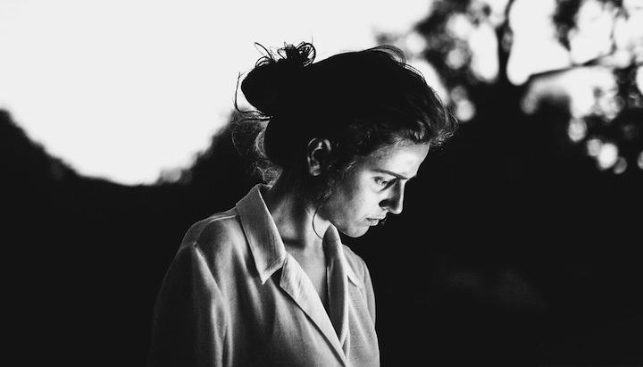 Retrato en blanco y negro de Silvia Grav