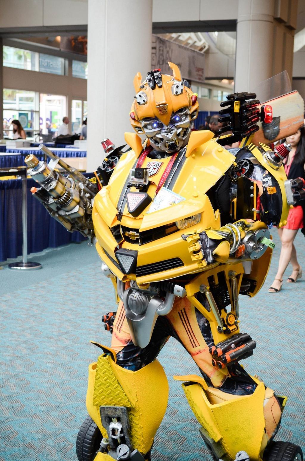 comic-con san diego cosplay transformer