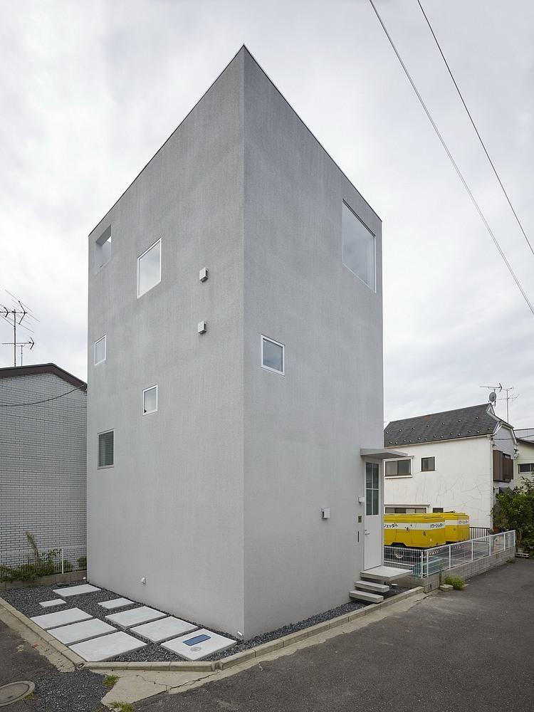 nishiochiai-arquitectura-escalera-11