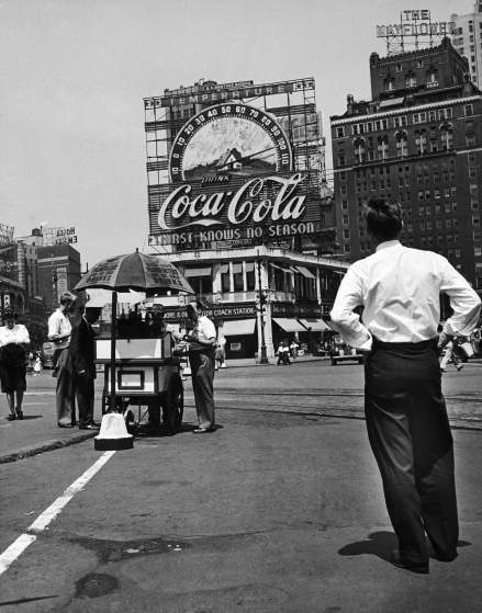 Anuncio de coca cola en los años 50