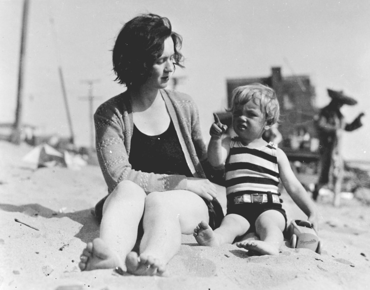Marilyn And Mother