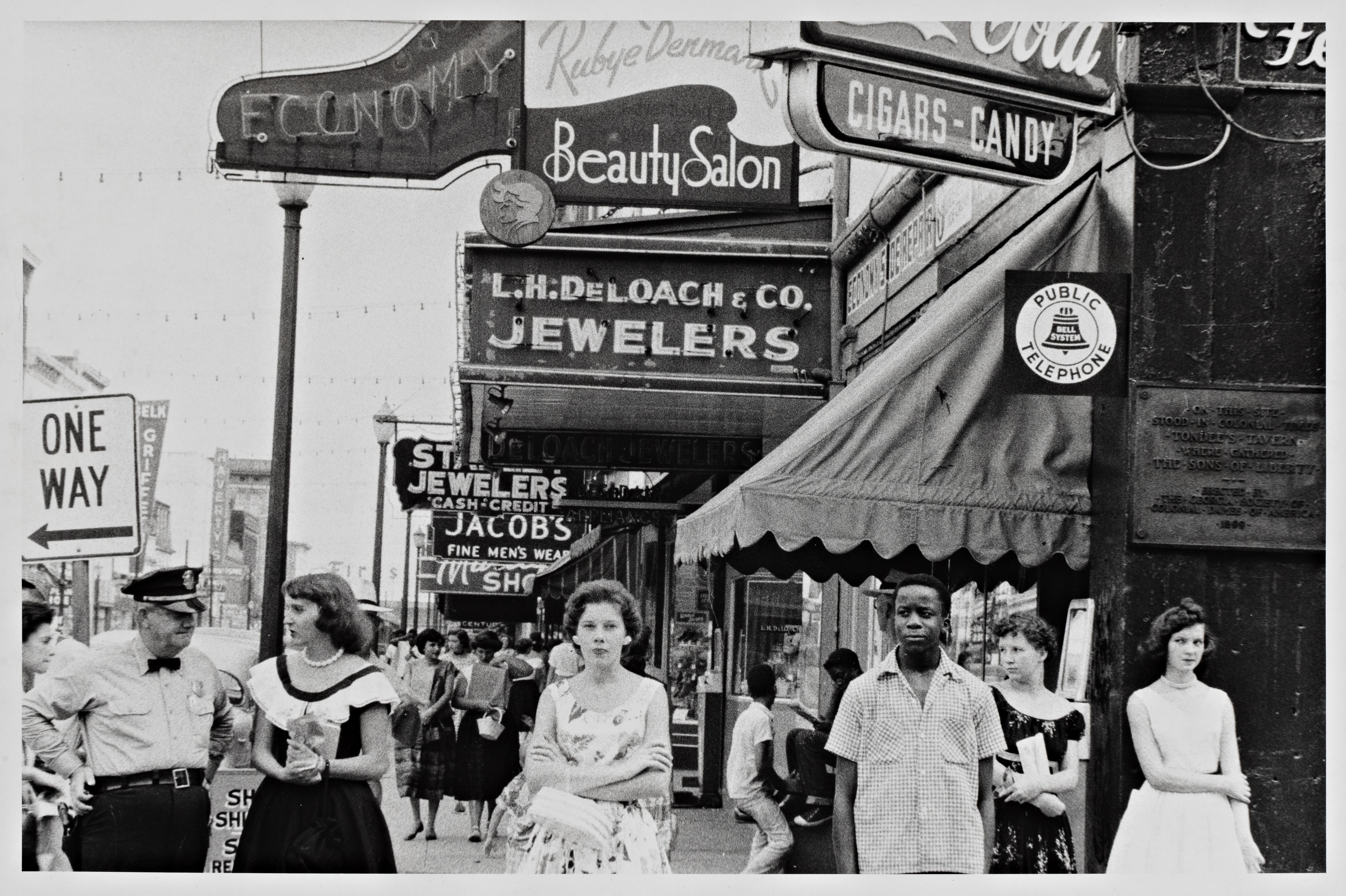 Robert Frank fotografiando la exclusión social
