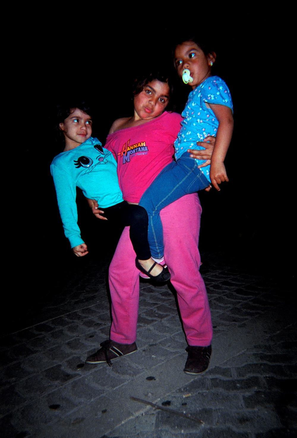 niñas en orcasur
