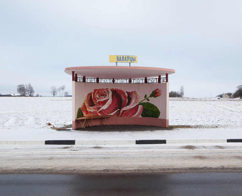 belarus-painting-bus-stops-oldskull-4