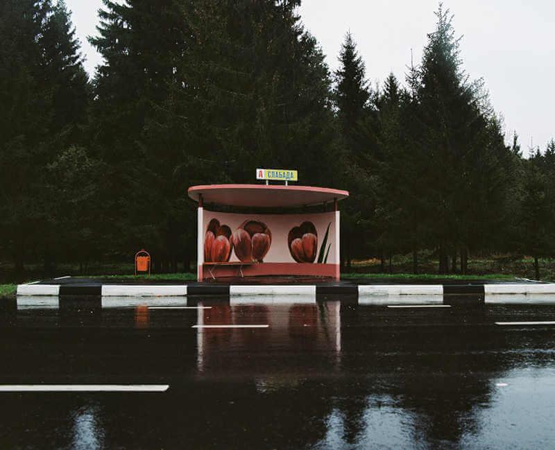 belarus-painting-bus-stops-oldskull-5