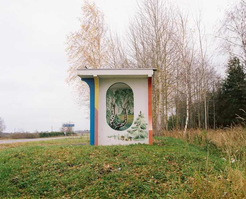 belarus-painting-bus-stops-oldskull-8
