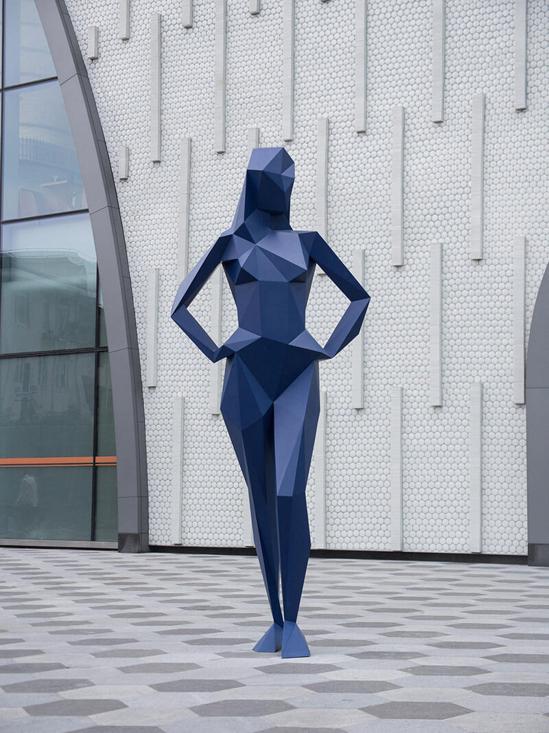 Faceted Sculptures by Xavier Veilhan - 03