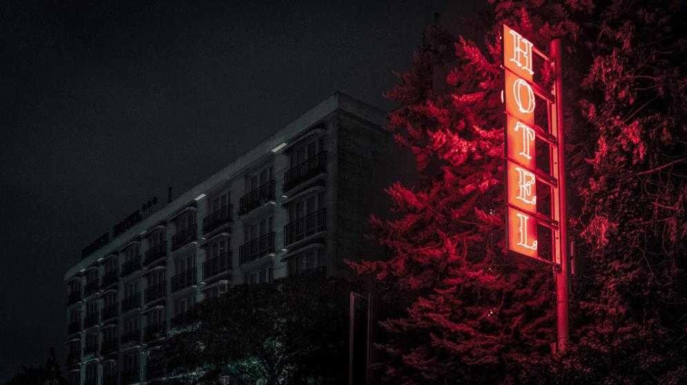 puerta de hotel en paris