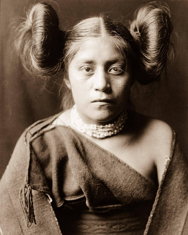 Retrato de Mujer india nativa americana