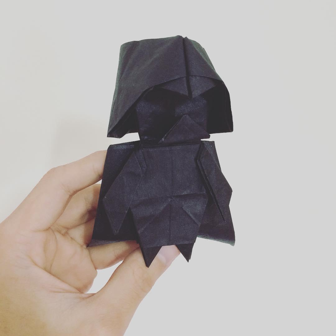 haz tu origami de darth vader oldskull 2