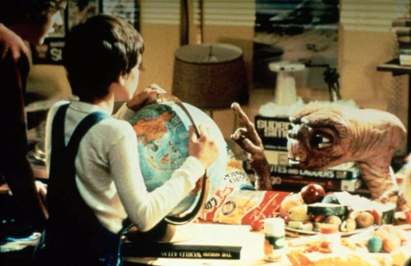 et-the-extra-terrestrial-behind-the-scenes-photo-OLDSKULL-23