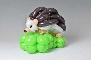 erizo hecho con globos