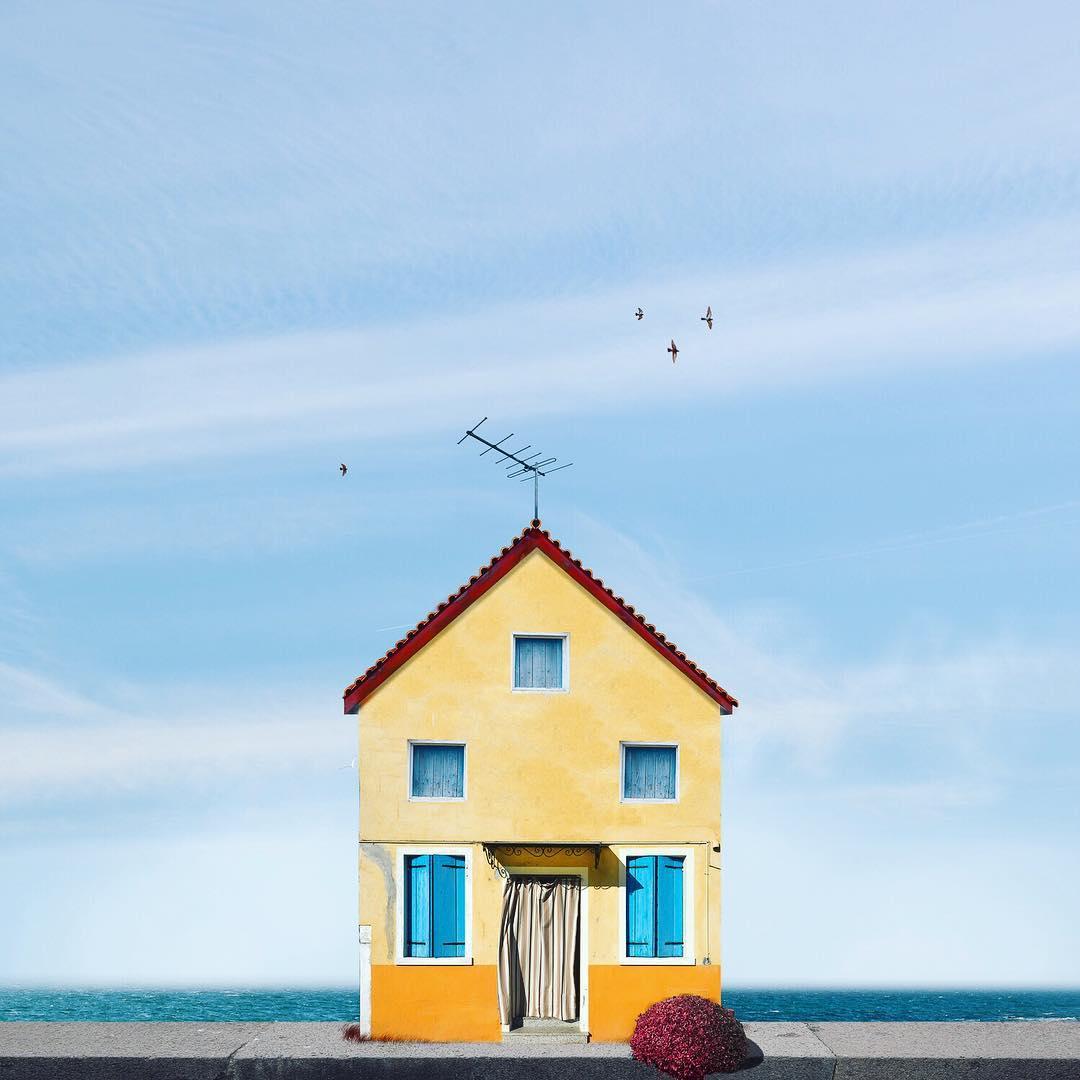 casa solitaria en el mar