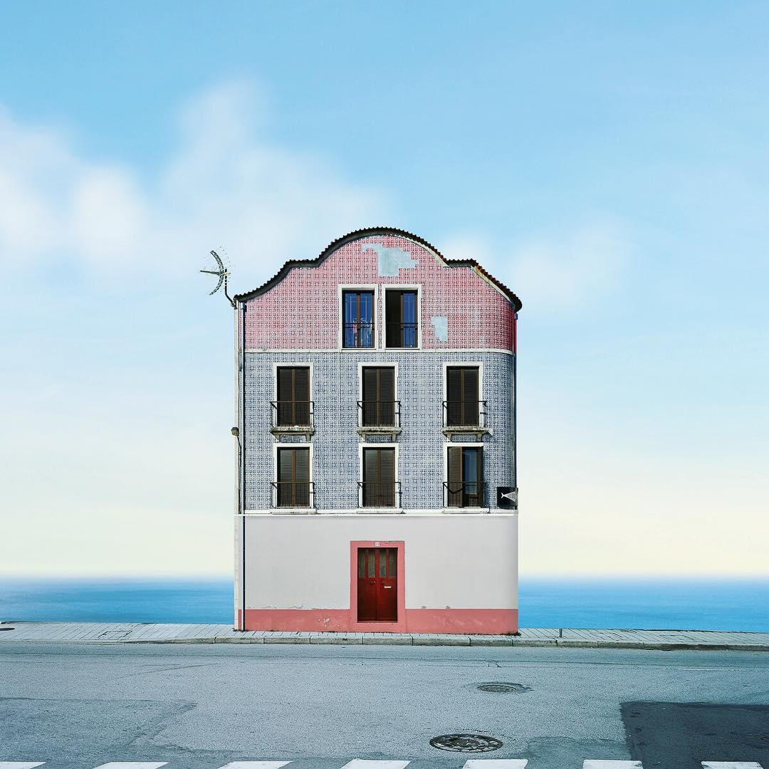 edificio solitario manuel pita