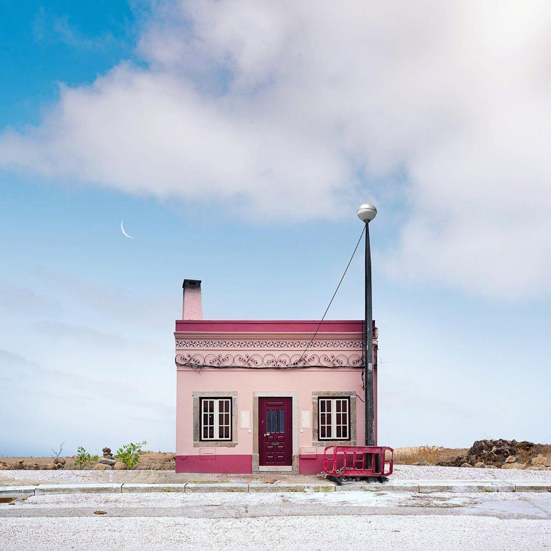 fotografia de casas solitarias