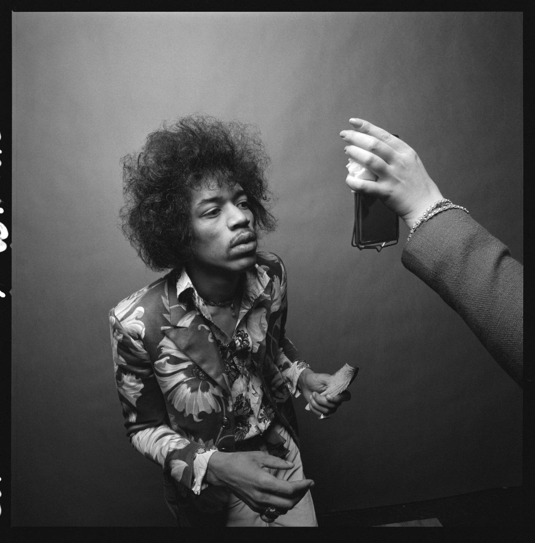 Jimi Hendrix en el espejo
