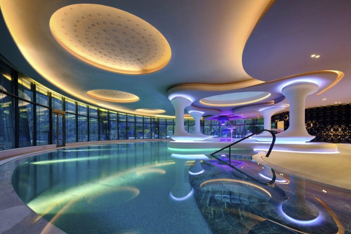 pool shimao hotel