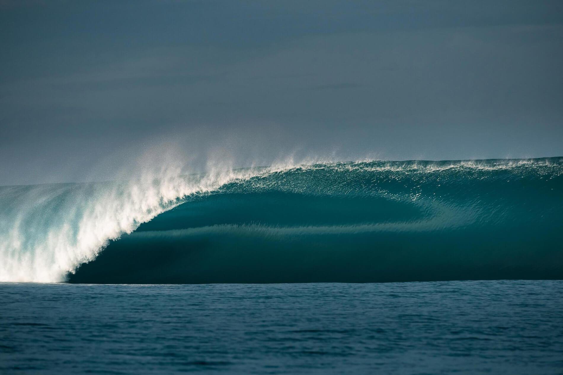 TEAHUPOO LA OLA MÁS PODEROSA EN EL MUNDO DEL SURF