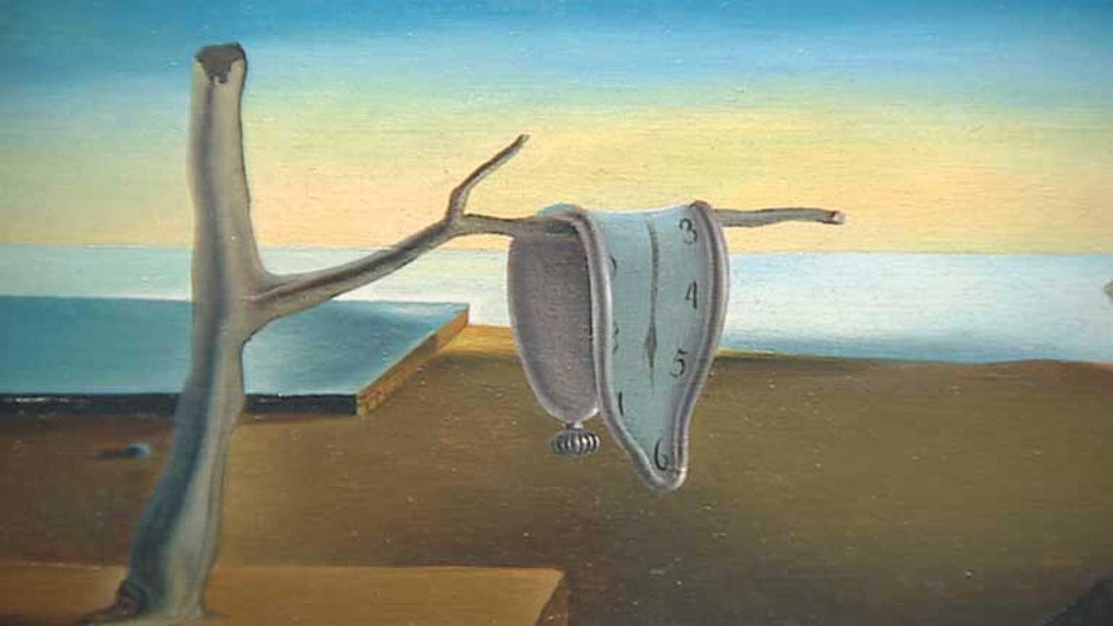 Reloj derretido obra surreal de Salvador Dali