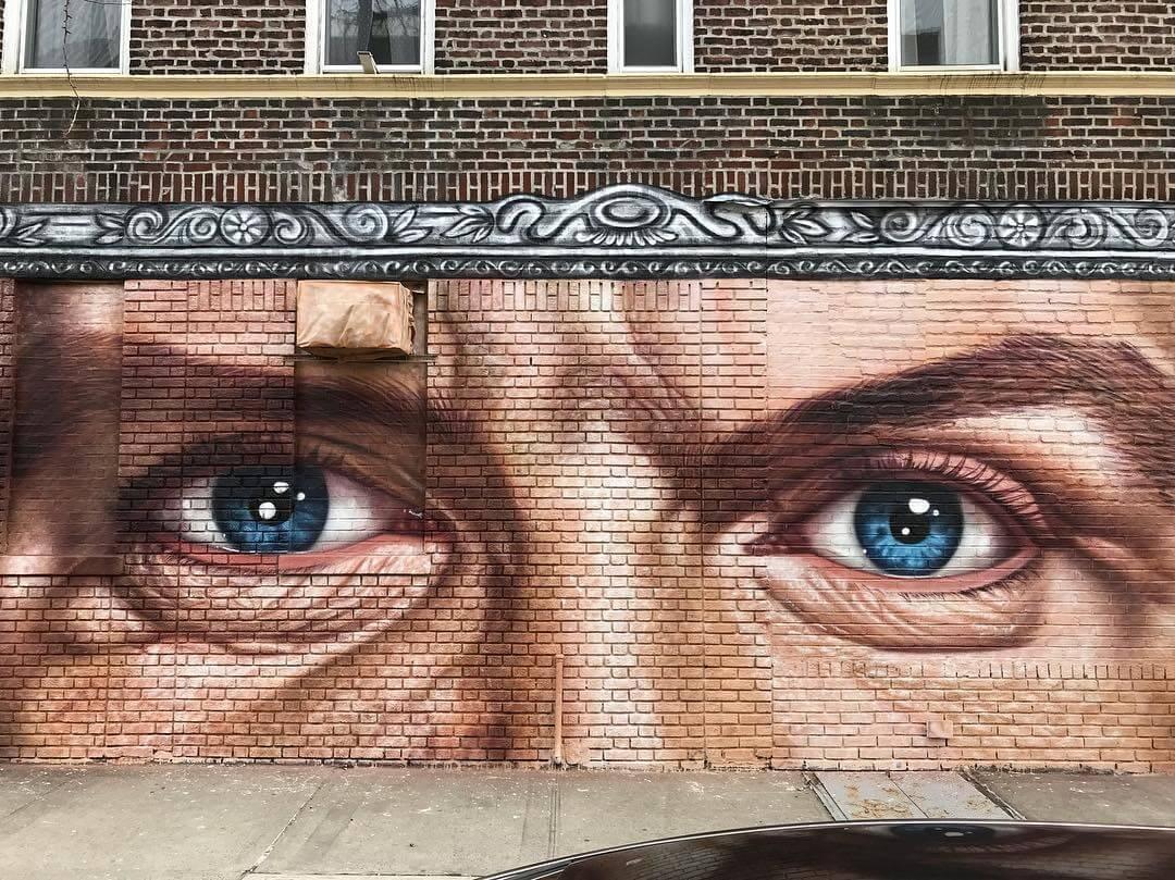 Mural de Frank Sinatra por cobre