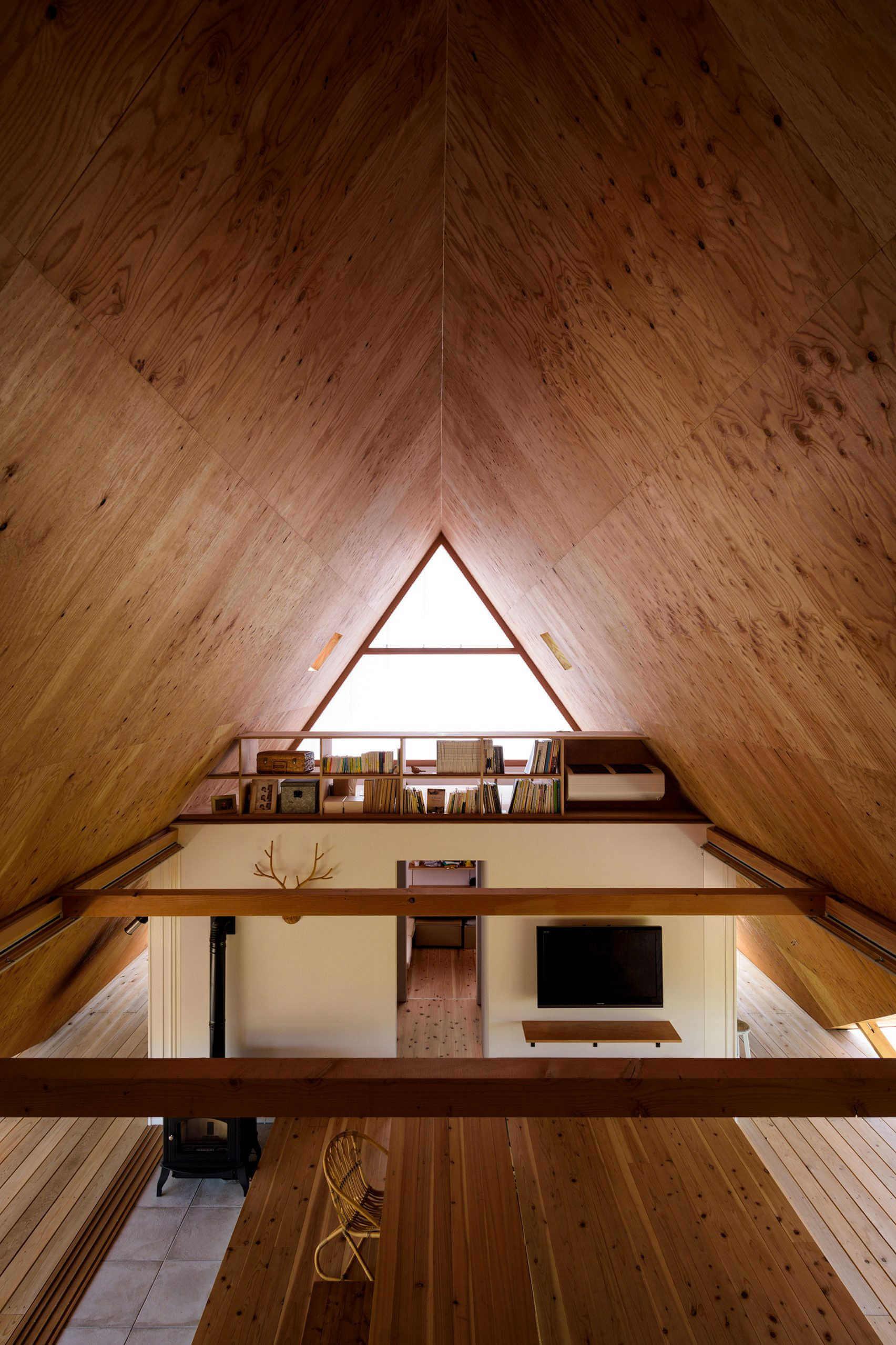 vista interior de casa haru casa minimalista