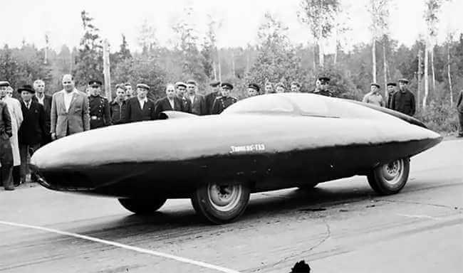 coche ruso GAZ TR Arrow (1954)