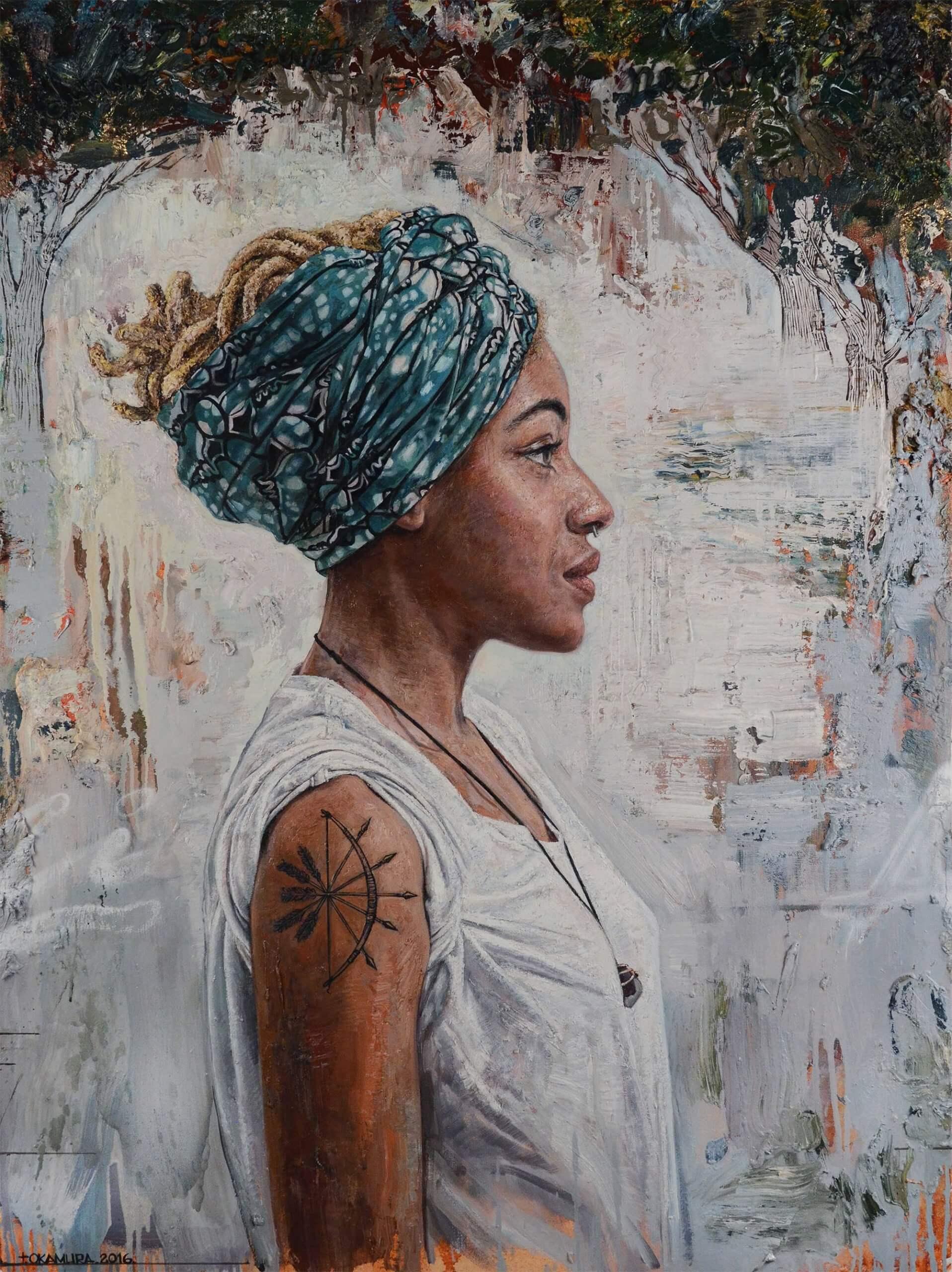 Retrato de mujer decolor con pañuelo en la cabeza