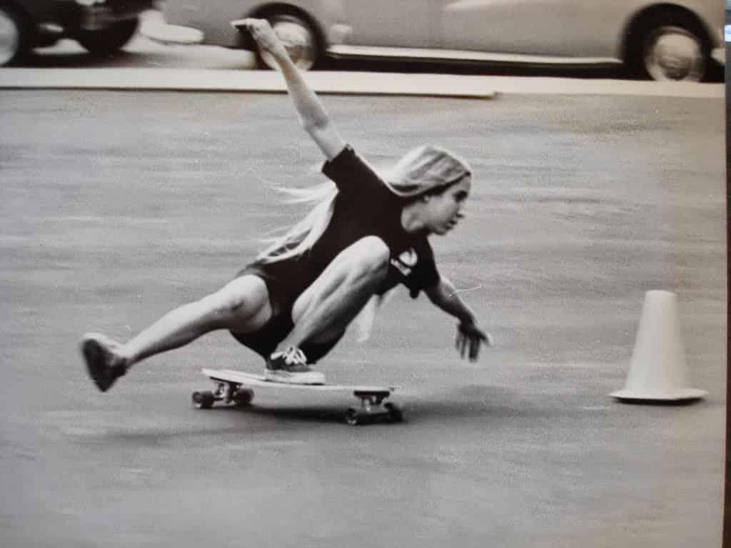 ELLEN FREESTYLE SKATER