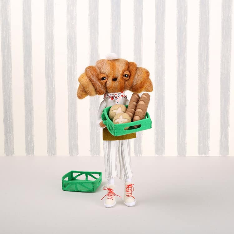 cabeza de croissant panadera cat rabbit