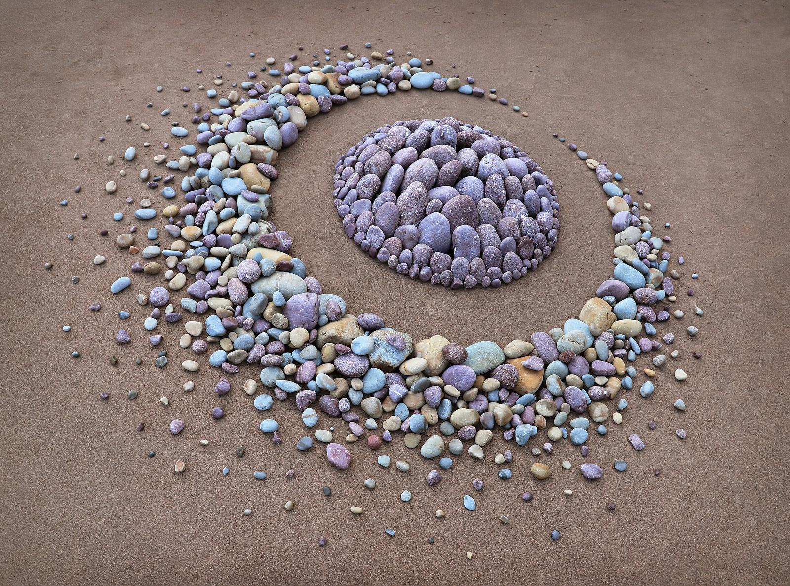 land art piedras arena hiponioticas