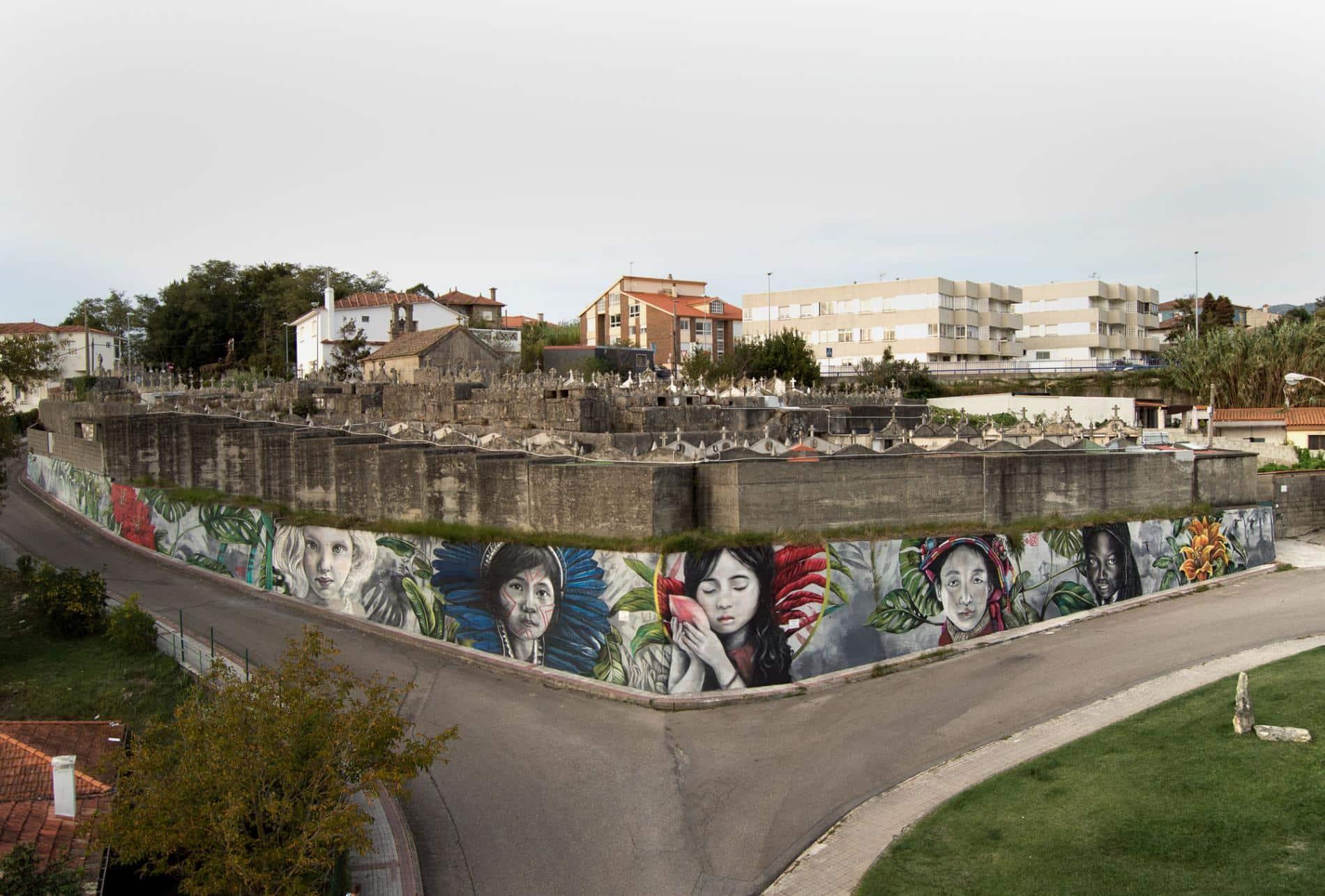 Panxon, Nigrán Spain lula goce street art