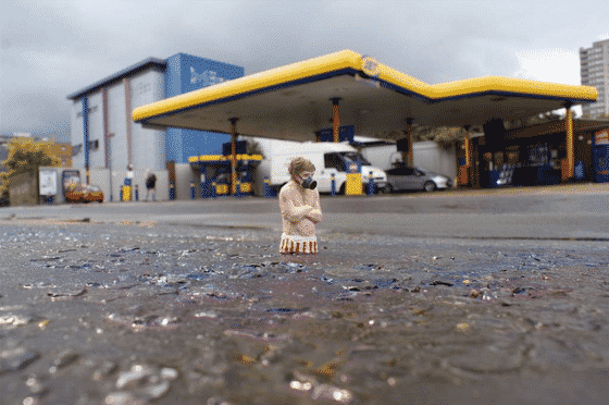 isaac cordal mini esculturas perdidos