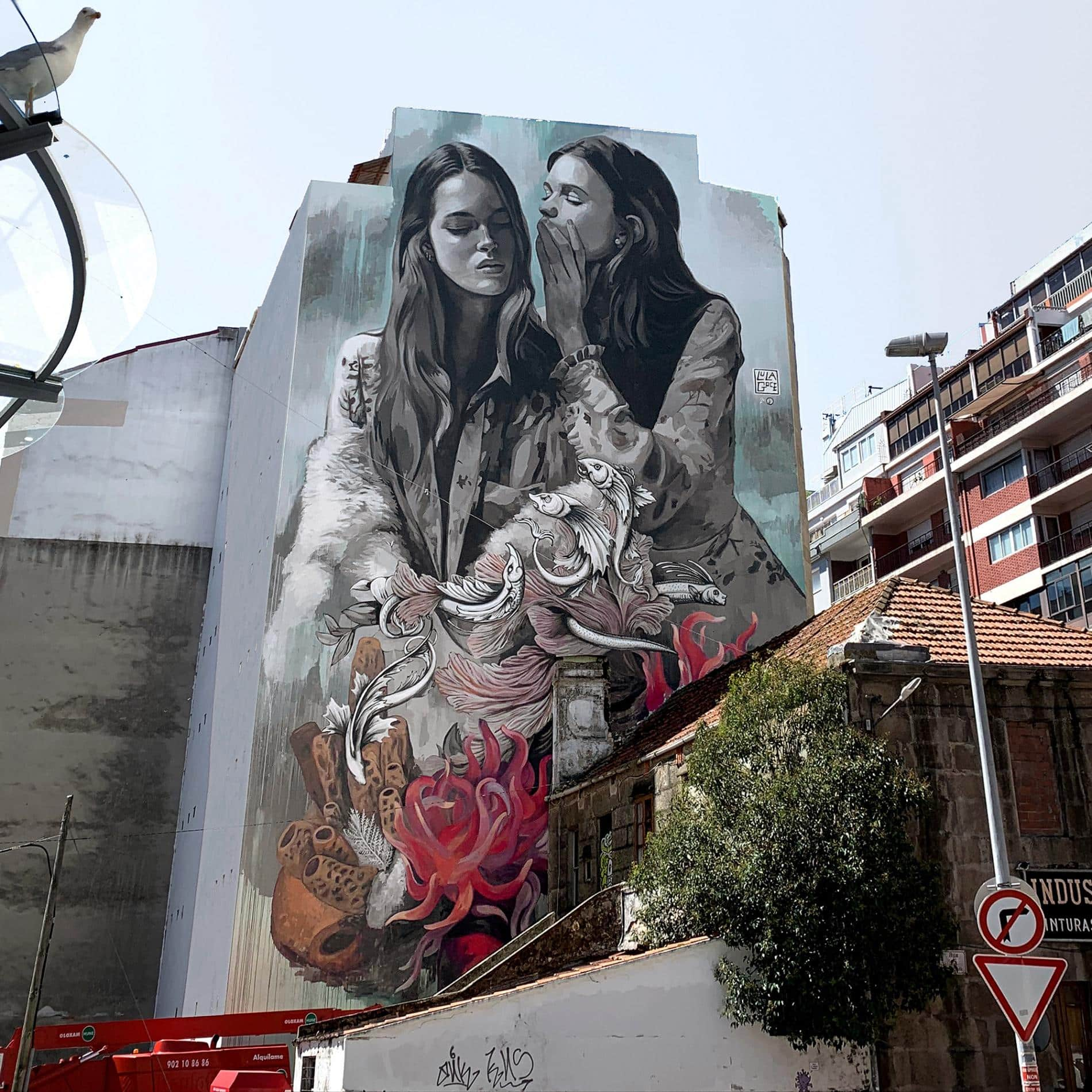 lula goce street art Vigo Spain