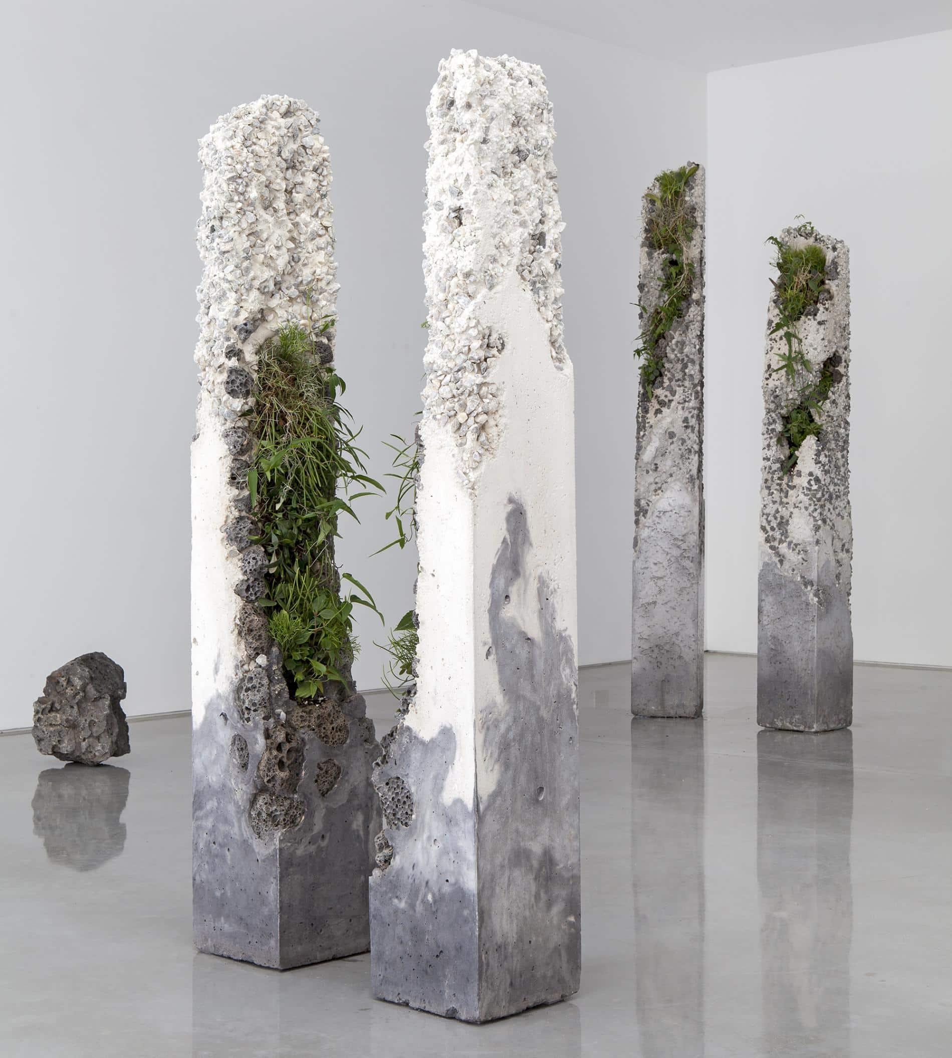 esculturas jamie north columnas Terraforms