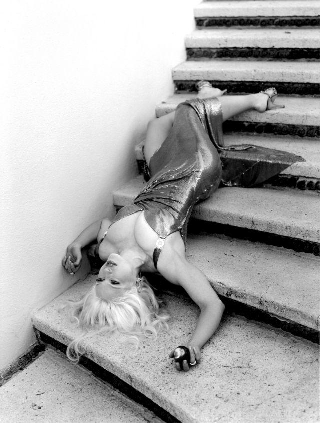 madonna steven meisel versace 1995 stairs