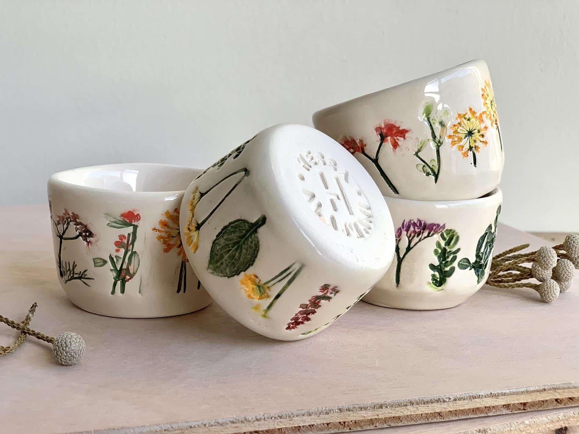 Hessa Al Ajmani taza ceramica vajilla complet