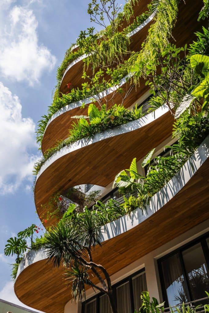 City oasis balcones